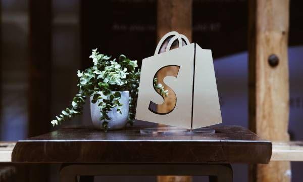 Paolo Picazio (Shopify): per le PMI sta avvenendo il passaggio dall'eCommerce al social selling