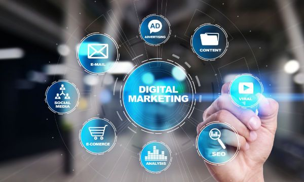 Digital Marketing: una strategia di successo in 10 mosse e il�consumer behavior guardando al martech