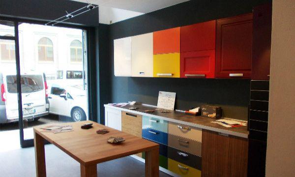 Stunning rinnovare la cucina ideas ideas design 2017 - Rinnovare ante cucina ...